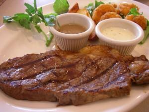 Как приготовить идеальный говяжий стейк