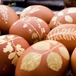 Как покрасить яйца на пасху 10 способов