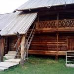 старые амбары а музее-заповеднике Лудорвай