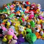 Как научить ребенка убирать после себя игрушки