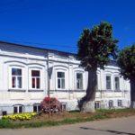 Сарапульский театр не закрывает театральный сезон